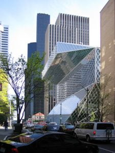Seattle_Central_Library_by_architect_Rem_Koolhaas,_view_from_5th_Ave