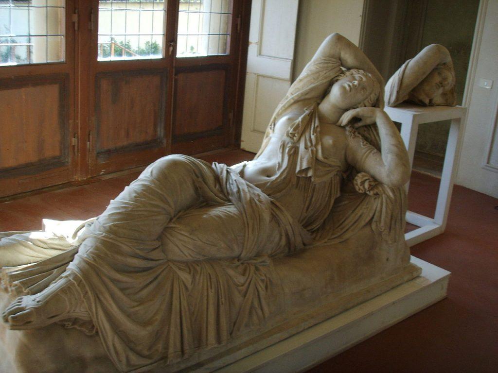 Ariadna durmiente para milartienda.com